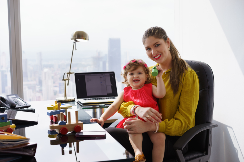 mothers that work Working mothers it is often said that, man's work ends at sun set women's work is never done mothers may work in an office from nine to five, but their work does not end at the office.